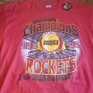 vintage rockets championship tee w/ pin